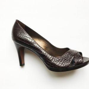 Ann Taylor Crocodile Pattern Brown Leather heels